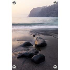 Tuinposter Zee zwart zand...
